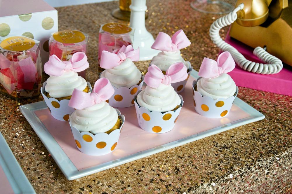 pink-gold-polka-dot-cupcakes