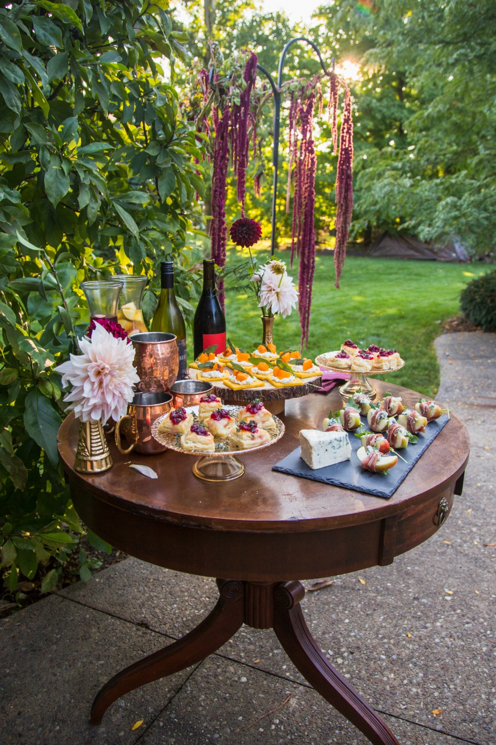 Friendsgiving One Stylish Appetizer Table