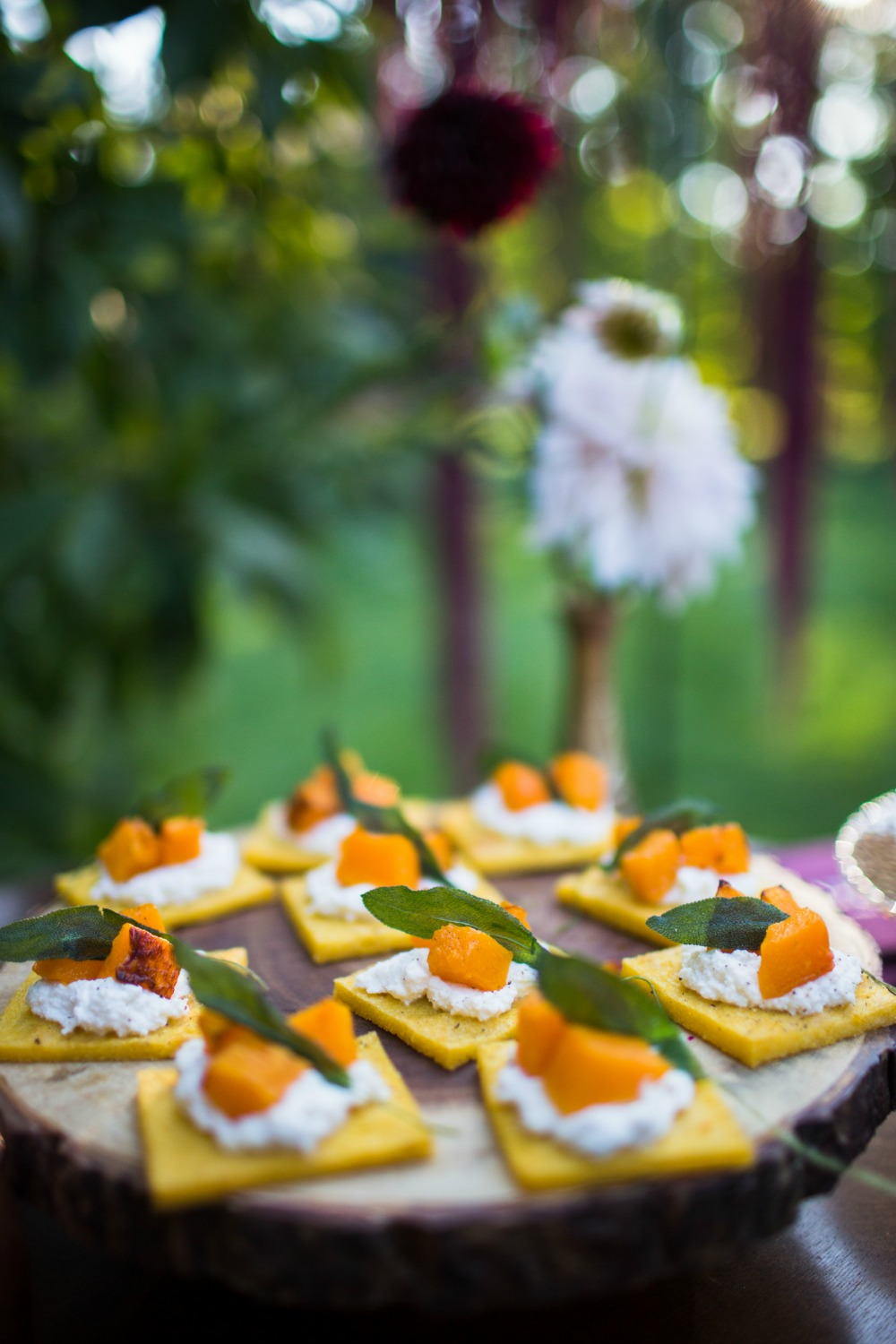 friendsgiving-one-stylish-party-fall-appetizer