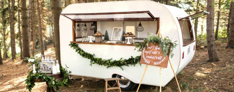 vintage-camper-christmas-party