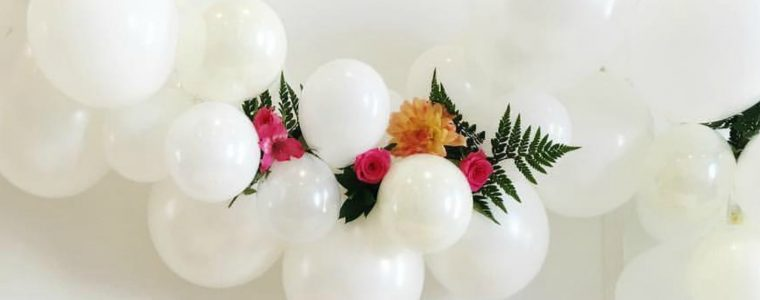 ways-to-style-a-balloon-garland