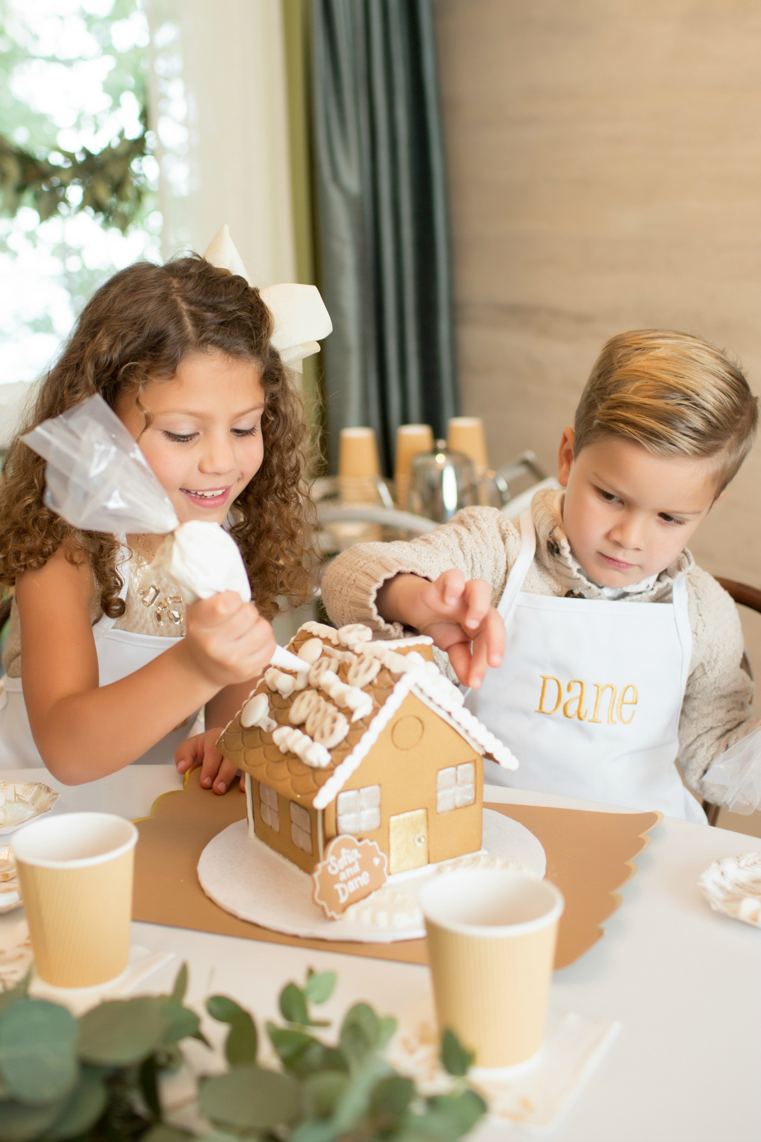 One Stylish Party Shutterfly Gingerbread Dream 2017-84